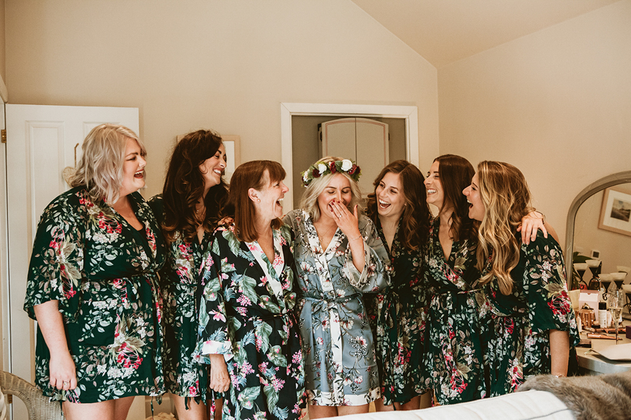 Real Wedding - the Bride and Bridesmaids Captured by GREEN UNION Partner Benni Carol At The Remenham Club