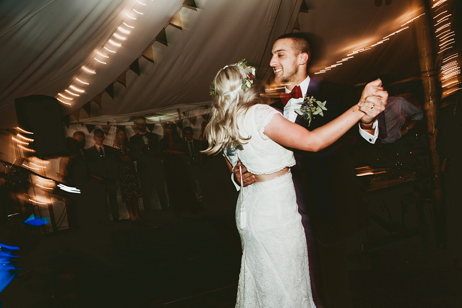 Real Wedding -the First Dance Captured by GREEN UNION Partner Benni Carol At The Remenham Club