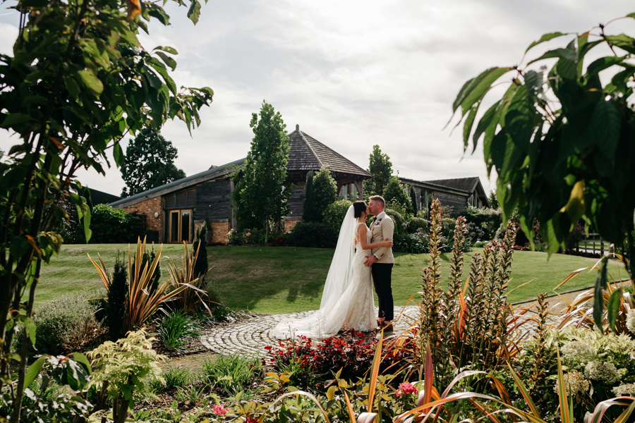Emma and Rob, Mythe Barn Wedding, Ed Brown Photography