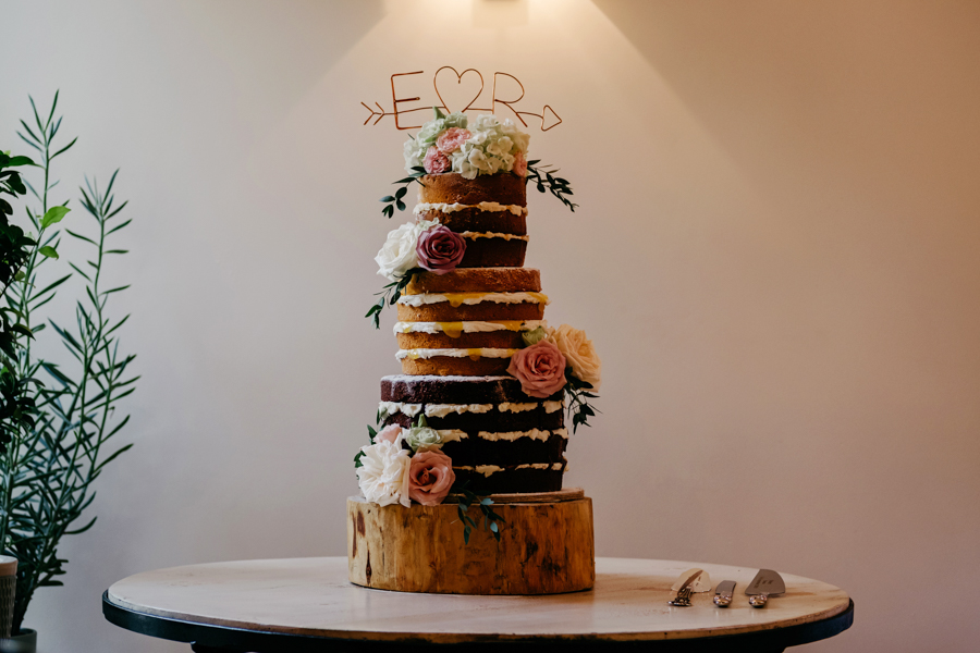 Wedding Cake, Mythe Barn Wedding, Ed Brown Photography