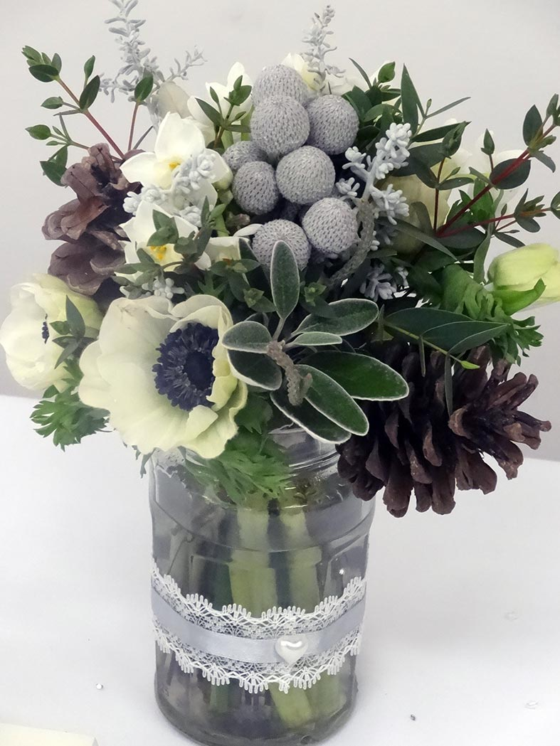 Wedding Flowers In Season In January : The guide sumptuous winter wedding flowers