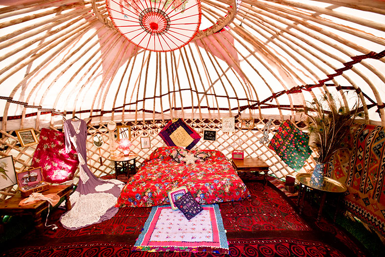Hire a portable yurt palace from the Arabian Tent Company