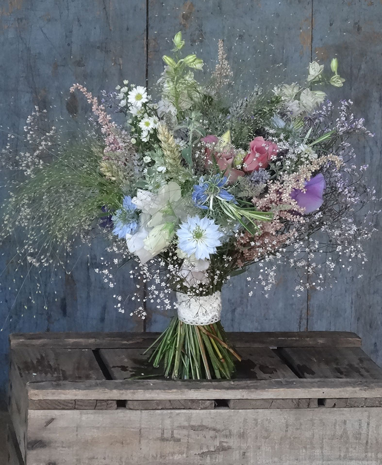 FLOWERS Why you should choose seasonal and English flowers for