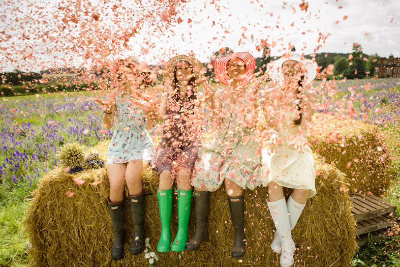 BRITISH FLOWERS WEEK | It's home grown natural flower petal wedding confetti today!