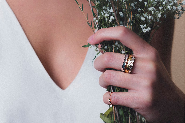 Love these stacking scale in rings in all the golds