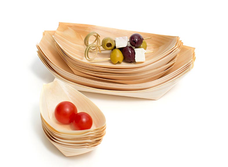 Pressed palm leaf tableware - totally sustainable and biodegradable
