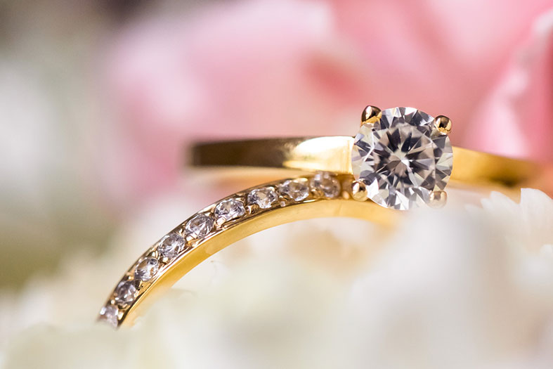 WEDDING JEWELLERY TIPS: How to Match your Wedding Band to your Engagement Ring