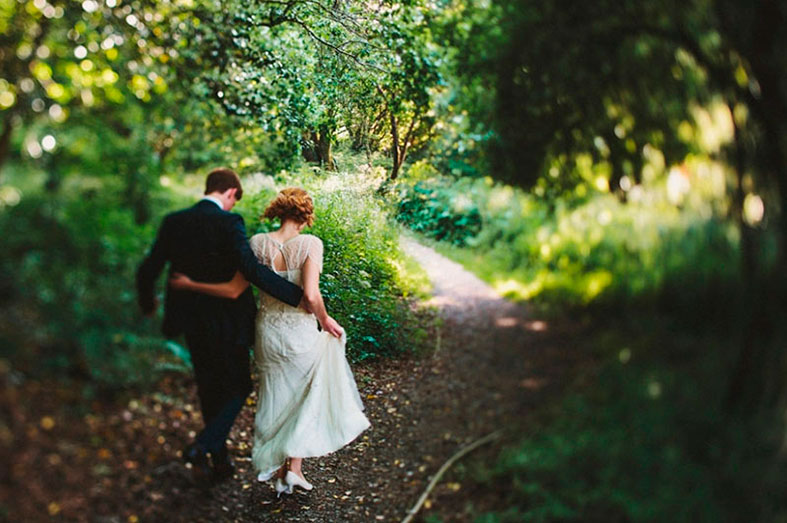 Take your first teps out on your exciting journey to wedded bliss!