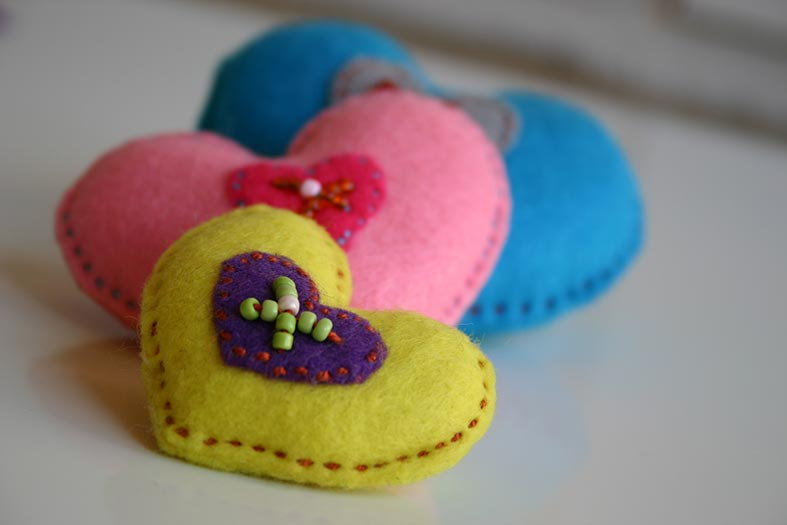 Sweet hand made felt heart favours from The Heartfelt Project