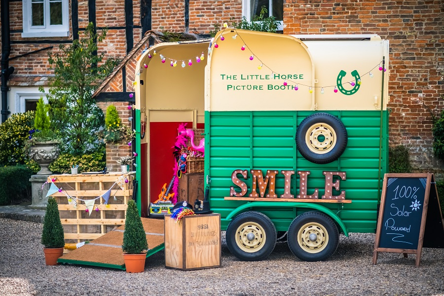 The Little Horse Picture Booth | Eco Friendly Wedding Memories | GREEN UNION | UK