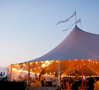 TENTS & Wedding Tents   Tipis   Traditional Yurts   Stretch Tents ...
