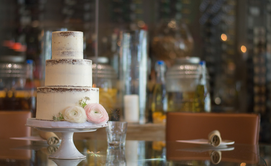 How to minimise the environmental impact of your wedding day - organic wedding cake